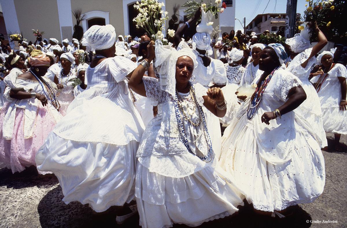 Salvador, festa del lavaggio della chiesa di Itapua,