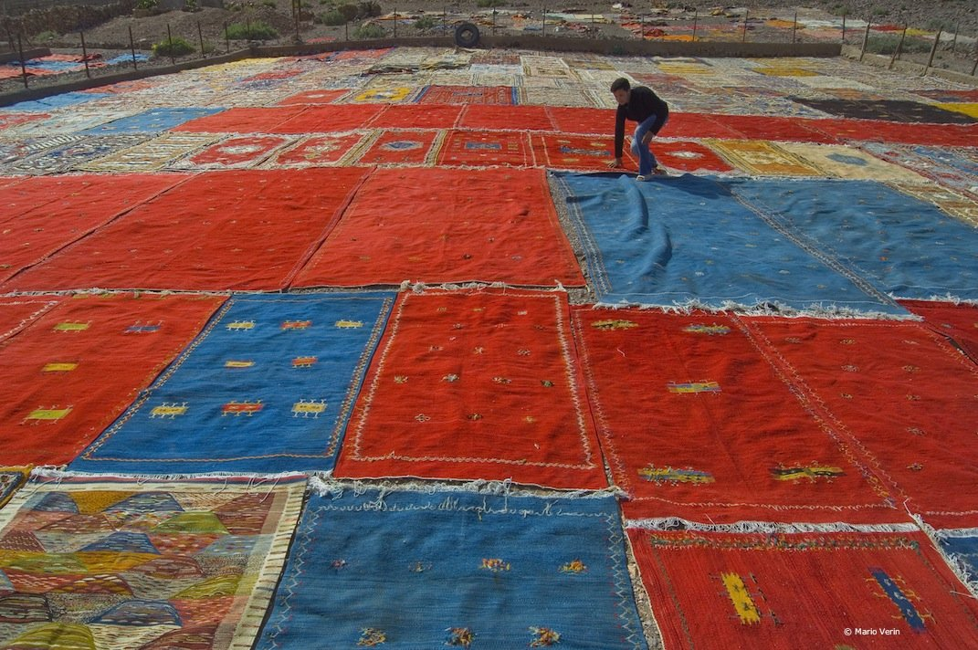 Tappeti Kilim Marocco : Tutti i colori dellafrica in un kilim neos giornalisti di