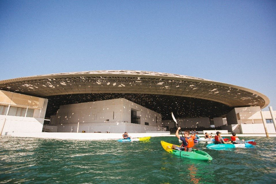 Kayak al Louvre Abu Dhabi
