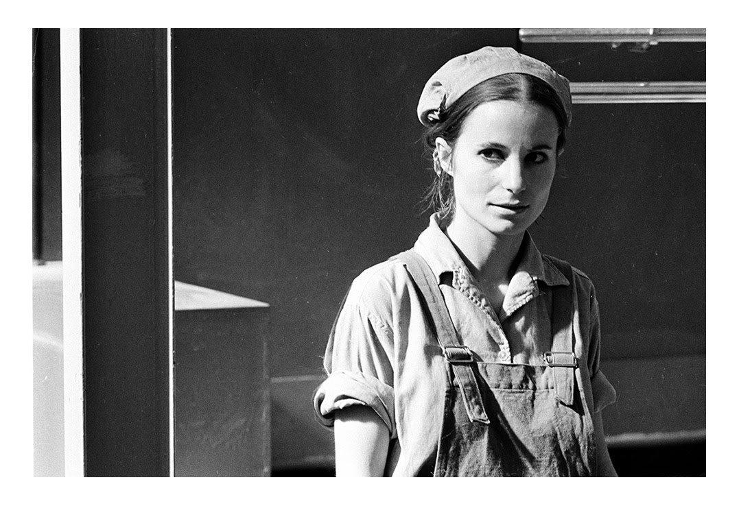Fotogiornalismo, Sardegna 1969, operaia della SIR ⓒFausto Giaccone.