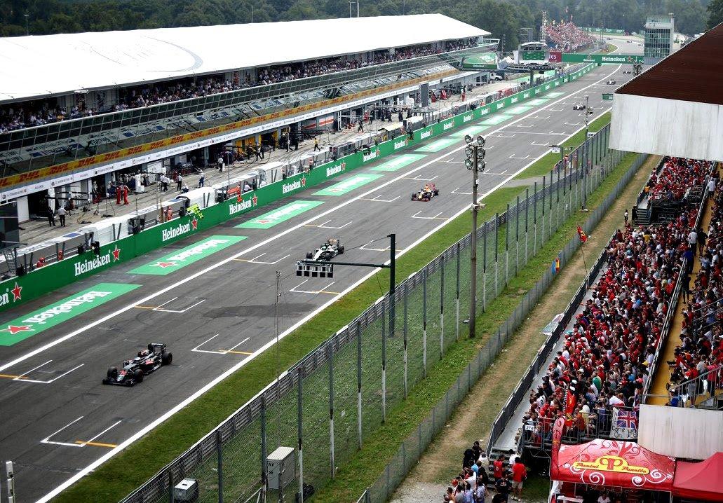 la pista dell'autodromo di Monza